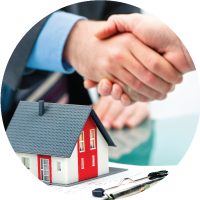 Two men shaking hands. Bristol Global has home sale programs to assist you in your relocation.